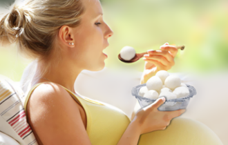 Does Eating Rasgulla Every Morning Help To Get A Fair Baby?